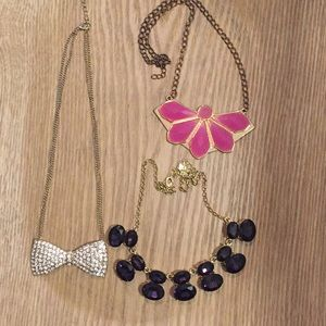 Pack of three statement necklaces